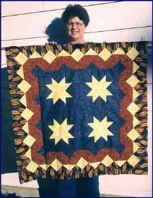 Lucille Rypinski & her quilt jpg (16946 bytes)